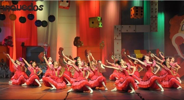 Casa de Brinquedos | Escola de Dança Petite Danse