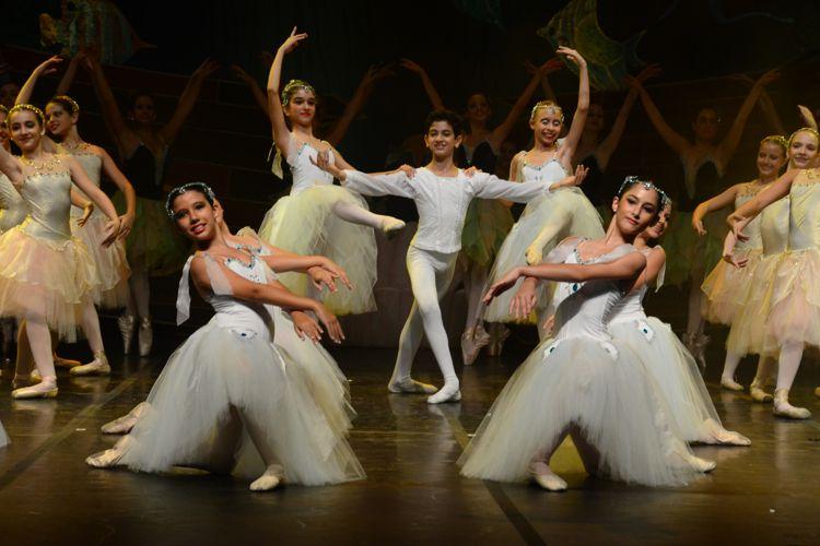 No Fundo do Mar | Escola de Dança Petite Danse