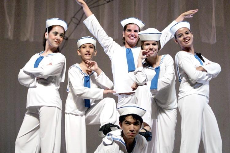 A Dança de Todos os Tempos | Escola de Dança Petite Danse