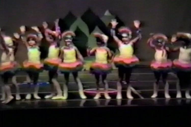 Flicts e Danças Livres | Escola de Dança Petite Danse