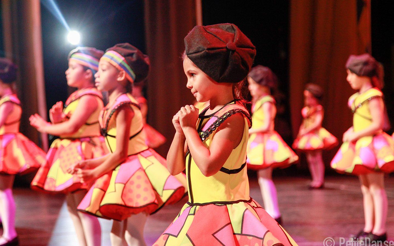 petite-danse-espetaculo-harlequim-e-colombina-2016-17